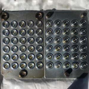 Пресс форма для уплотнительных колец под под углом 180°
